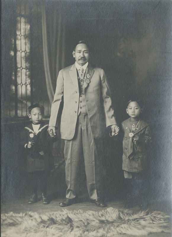BOX 18-CHINESE-INDIVIDUAL-GROUPS-007.tif
