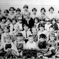 East Lynne School Class of 1927, Tulare County, Calif.